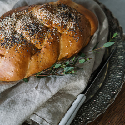 Shabbat bread.jpg
